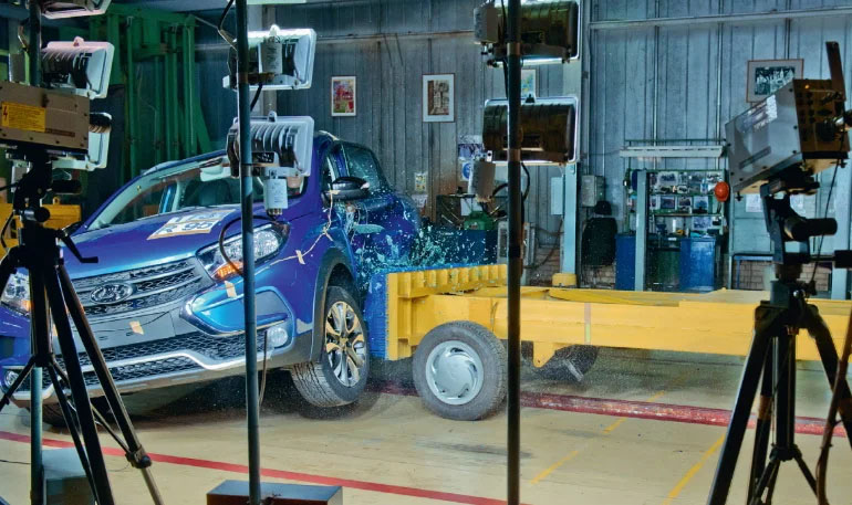 Как на АвтоВАЗе проверяют пассивную безопасность автомобилей LADA